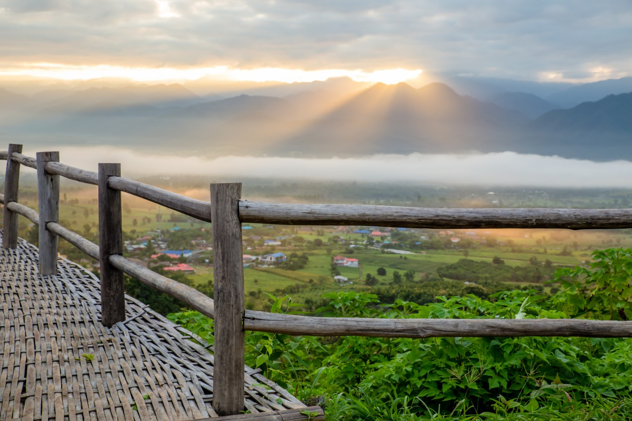 Sea of mist and sunrise at yun lai view point ,pai