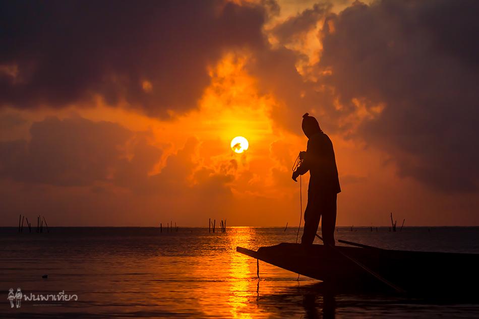 throwing-fishing